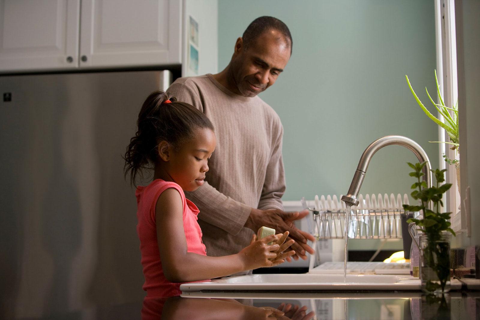 10 Internet Safety Tips for Parents
